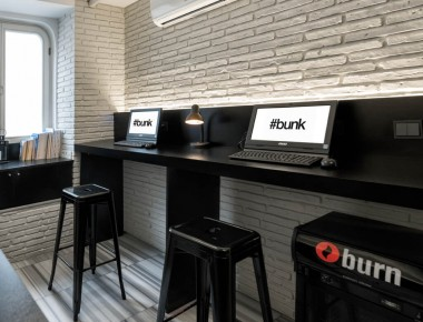 bunk hostel reception